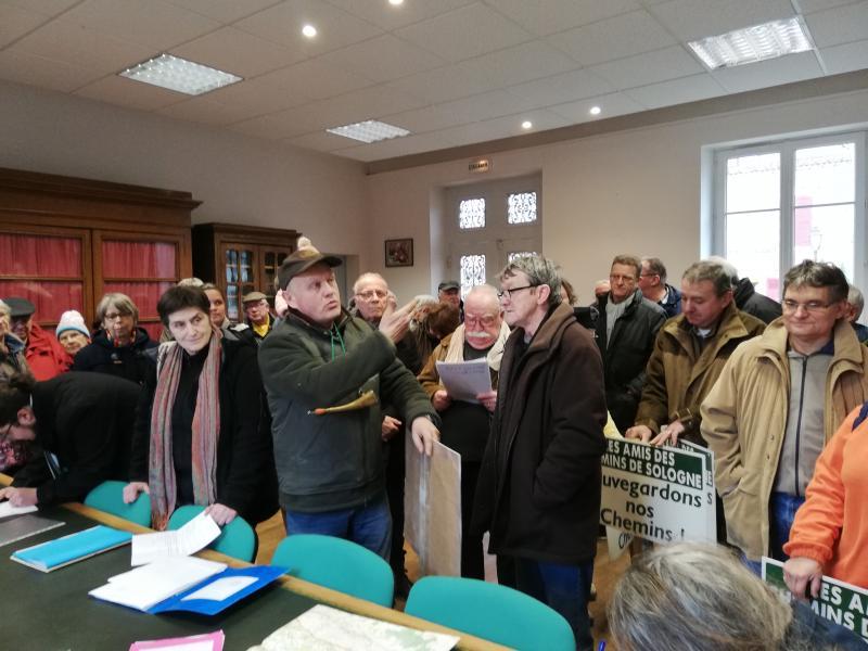 Les Vannois s'expriment devant le commissaire enquêteur