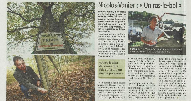 """Louis Raymond montrant les grillages et le """"ras le bol"""" de notre Ambassadeur Nicolas Vanier"""